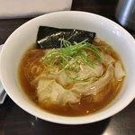 Tsurumen - 料理写真:●地鶏わんたん麺890円税込を注文。