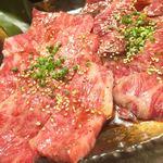 TOKYO 焼肉 ごぉ - 特上カルビ、特上ロース