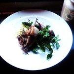 North Exit - 子羊の背肉の軽い燻製と野菜のラグー