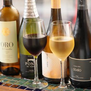 ◇40種類以上ものバラエティ豊かなワイン◇至高の1杯と共に…