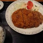 一亀 - ジャンボメンチカツ定食