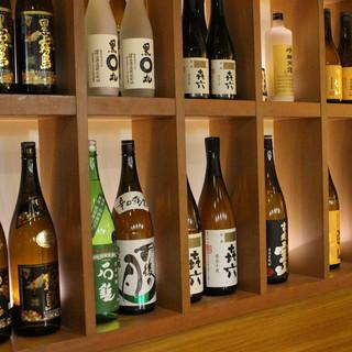 旬魚旬菜に合わせるのは…日本酒・焼酎を幅広く用意しました。