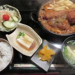 かふぇ八十八夜 - 料理写真:【八十八夜膳 1280円】(小鉢・サラダ・味噌汁・わらび餅付き)