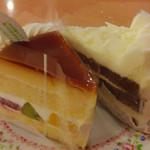 不二家レストラン - ホワイトチョコ風味のケーキ(右)と上部がプリンになっているケーキ(左)