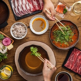 【れたすは60種類以上が食べ放題♪】肉&野菜は新鮮そのもの♪
