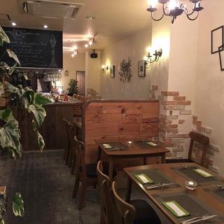 信州で感じる北欧の空気。小さなレストランで寛ぎの時間を。