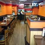 アジアン ダイニング アンド バー エベレスト - Asian Dining & Bar EVEREST @本蓮沼 店内