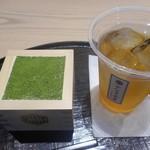 やなぎ茶屋 - 抹茶ティラミス、ほうじ茶(冷)