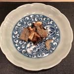 すし昇 - 穴子の蒲焼きエリンギのソース、サマートリュフを添えて