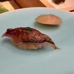 すし昇 - 大阪湾の小鯵 鯵のにぎりは大好物