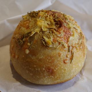 DAPAS - 料理写真:チーズフォカッチャ