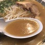 ラーメン小金太 - ラーメンスープ