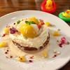 カフェ パンプルムゥス - 料理写真:8月はモモのパンケーキ!
