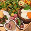 パンプルムゥス - 料理写真:8月はガパオライス