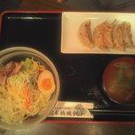 日本橋焼餃子 - ピリ辛担々冷麺