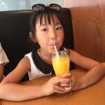 ファイヤーバーグ 関内店 - オレンジジュース(^∇^)