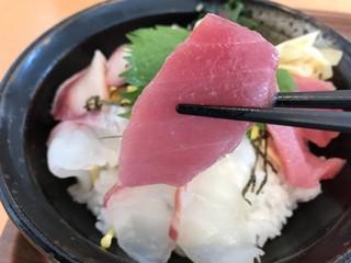 平戸瀬戸市場 レストラン - 鮪です