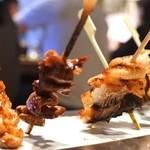大阪うなぎ組 - 串焼き5種盛り