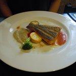 グリル マツモト - 本日の魚料理は「スズキのポワレ」