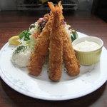 カフェ&レストラン メリーポピンズ - エビフリャイ3Pタワー