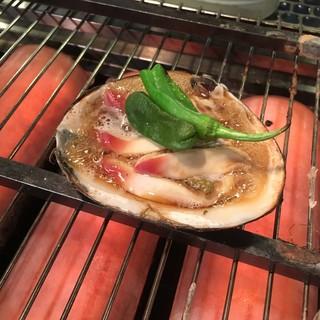 日本各地から仕入れた美味しい貝がザックザク!お刺身もおすすめ
