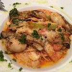 90178504 - 牡蠣と鎌倉野菜のトマトフェデリーニ