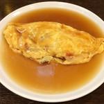 京鼎樓 - 海老と焼豚の卵とじは硬い。中華のようなふわふわじゃないのか…