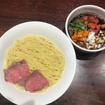 牛骨らーめん 牛王 - 料理写真:つけ麺