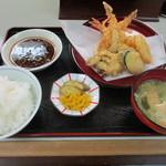 ひろ - 料理写真:天ぷら定食(╹◡╹)♡
