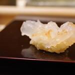 鮨みなと - 料理写真:礼文産ボタンエビ