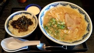 博多麺房 赤のれん 丸ビル店