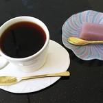 あうら - ブレンドコーヒー(500円)※デザート付き