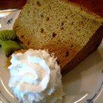 902451 - お奨めの自家製ケーキ(シフォンケーキ)