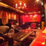 ZAKURO -salon de desire- -