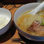 Menyahidamari - 和塩らぁ麺(720円)