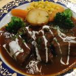 レストラン山水 - 和牛極上スネ肉のビーフシチュー
