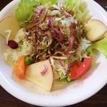 珈琲屋 カフェモカ - 料理写真:サラダ