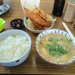 白ひげ食堂 - ご飯が多い!