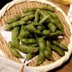 やきとり○金 - 塩辛くて喉が渇く枝豆