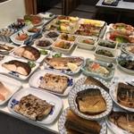 みどり食堂 - さすが明石、焼き魚中心の惣菜たち(2018.8.2)