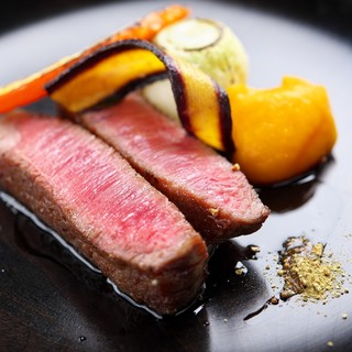 北陸を中心にした地産スタイル、調味料まで和食材にこだわる