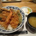 天ぷら新宿つな八 - お好み天丼