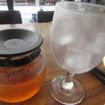 からふね屋珈琲店 - 紅茶はこのスタイル