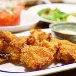 喰べ物や 花子っ子 - 若鶏のカラアゲ 580円