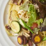 今日和 - 料理写真:たっぷり千葉野菜の塩味スパゲティ
