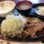 大作 - 生姜焼き定食 ¥1,080