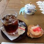 喫茶 みんと - アイスコーヒー(菓子付き)