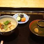 御料理 堀川 - 炊き込みご飯・漬物・赤出汁