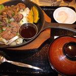 9025333 - 鉄板ジンギスカン丼(醤油)