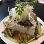 90251975 - 豆腐サラダ。木綿豆腐一丁に山盛りのネギ!!